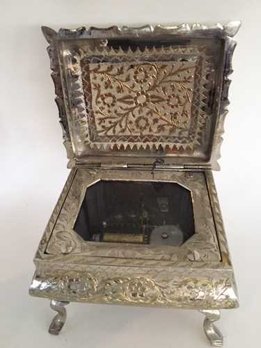 Zimbalist 4 Square Footed Music Box