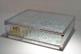 Class Music Box with photo insert ribbed sides with etched floral design