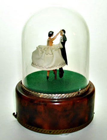 Reuge Vintage Dancers under Dome Music Box
