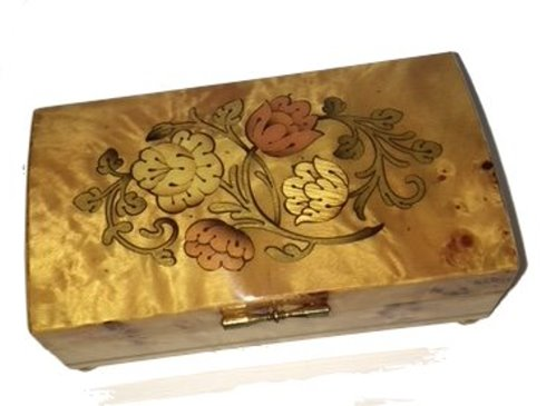 Vintage floral inlay on pioppo music box