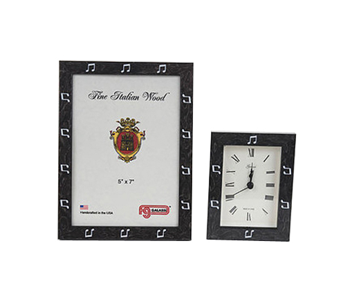 Frame and Clock Set Black with white notes