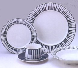 Keyboard Stoneware Dishes 20 pieces