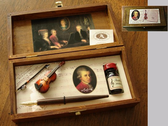Mozart Violin Quill pen and ink set