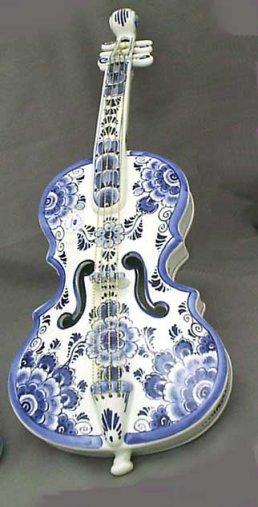 """Large 19.5""""  Delft Porcelain Violin"""