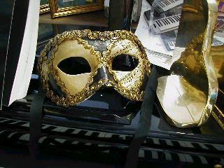 Mardi Gras Masks Sheet Music Motif -4