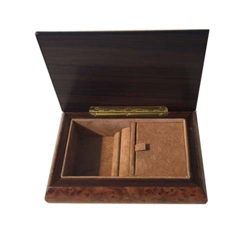 Musical Box with Rectangular Design and Filletto Border