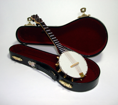 "Miniature 5 string Banjo 7"" with Case"