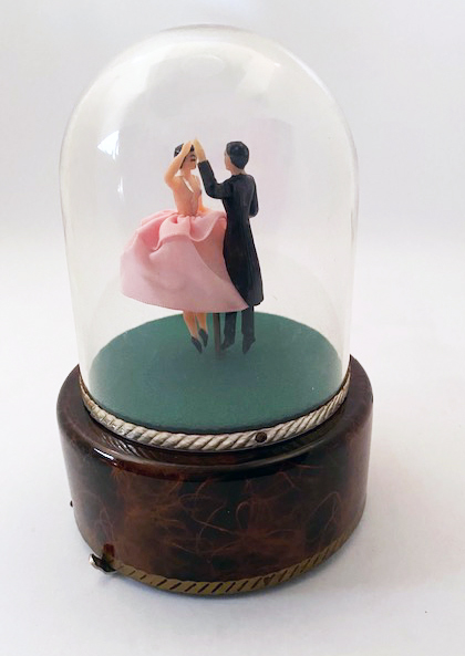 Reuge Vintage Dancers under Dome Music Box