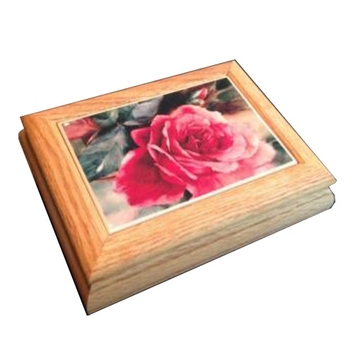 ose Flower Tile on Large Oak Milano Musical Box
