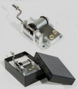 hurdy-gurdy-hand-crank-mechanism in gift box