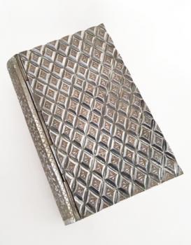 Zimbalist Diamond Pattern Book Music Box