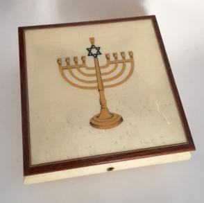Menorah Inlay on White elm musical box