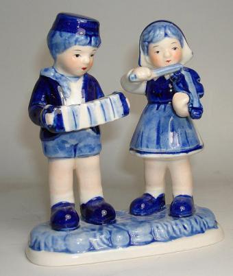 Delft Blue Children Musicians figurine