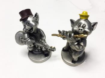 Porky on Guitar and Petunia on Flute as Pewter Figurines