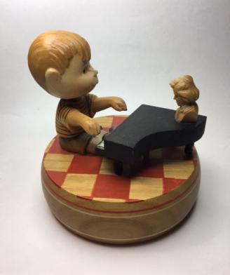 Vintage Schroeder at the piano, music box by Anri