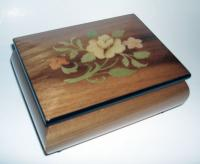 Elm music box with Italian floral inlay