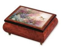 Lena Liu | Hummingbird with Lilacs Music Box (1.18)