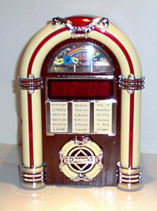 AM/FM JukeboxClock Radio